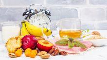 Wie das, was Sie essen, Ihren Schlaf beeinflusst: Vom Frühstück bis zum Mitternachtssnack