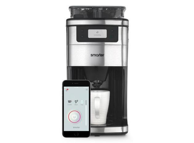 Smart coffee maker brews your next cup right when you get home