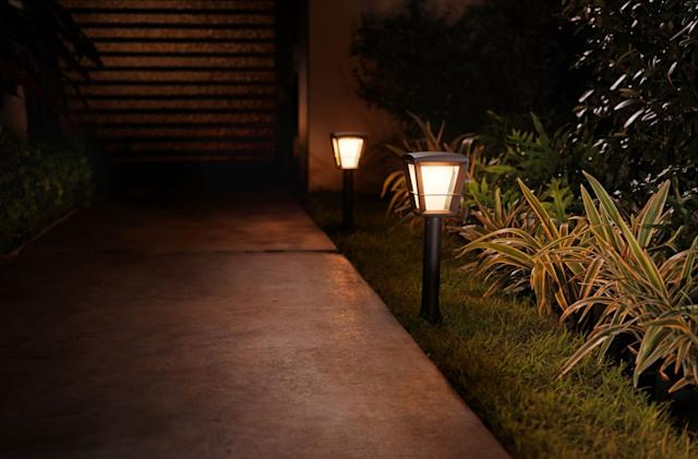 Philips adds more garden lights to its Hue lineup