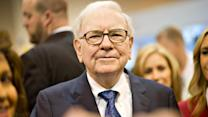 Buffett's Berkshire Hathaway Reads Tea Leaves of Cable Industry