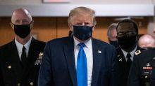Donald Trump porte enfin un masque en public, une première depuis le début de l'épidémie