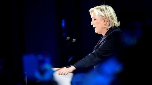 Présidentielle 2022 : Marine Le Pen devancerait d'une courte tête Emmanuel Macron au 1er tour