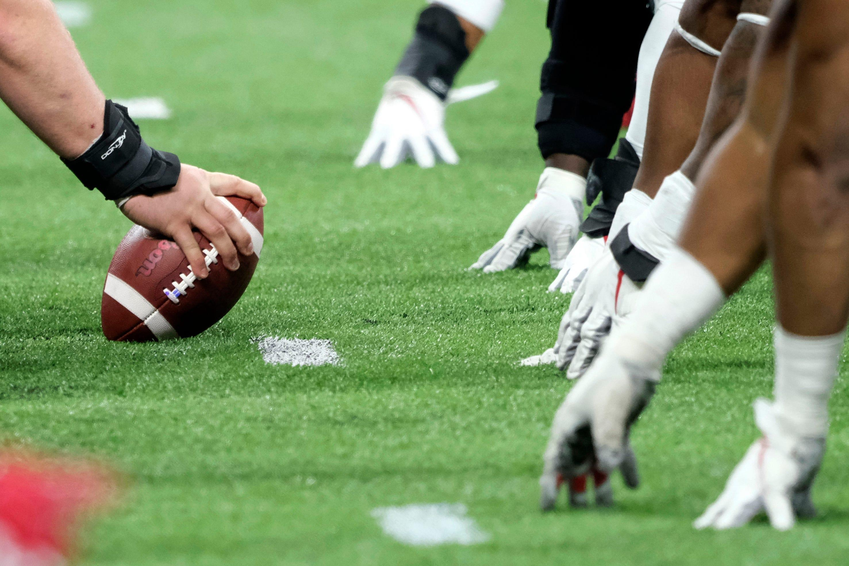 Coronavirus tackles colleges looking for football money