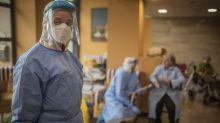 Coronavirus, trend stabile: una-due settimane per la discesa