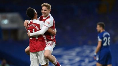 Arsenal vence o Chelsea no derby londrino e atrasa classificação dos Blues para a Champions