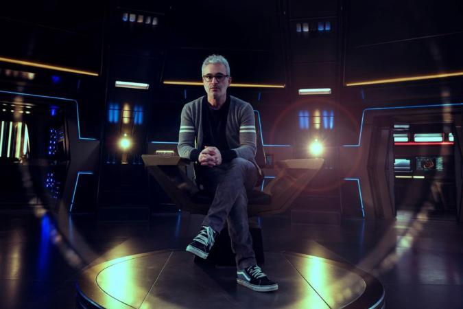 Alex Kurtzman on the set of 'Star Trek: Discovery'
