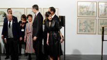 La reina Letizia de España deslumbra en cuero