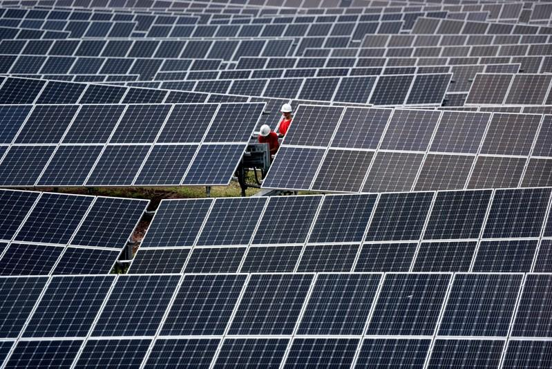 China aims to boost revenue for renewable power firms