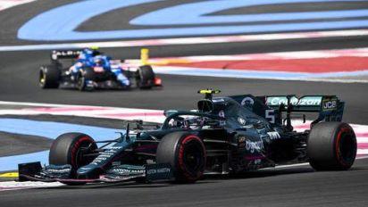 Chaos-Training! Nicht nur Vettel und Schumacher fliegen ab