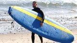 Video: Exclusive - Robert Pattinson Rocking a Wet Suit, More Headlines!