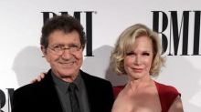 Country star and hit Elvis songwriter Mac Davis dies at 78