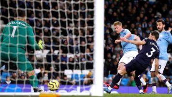 Foot - ANG - Premier League : Manchester City domine West Ham et prend quatre points d'avance sur Leicester