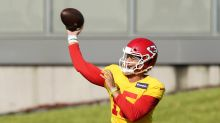Let's celebrate the imminent return of football by watching this insane Patrick Mahomes pass