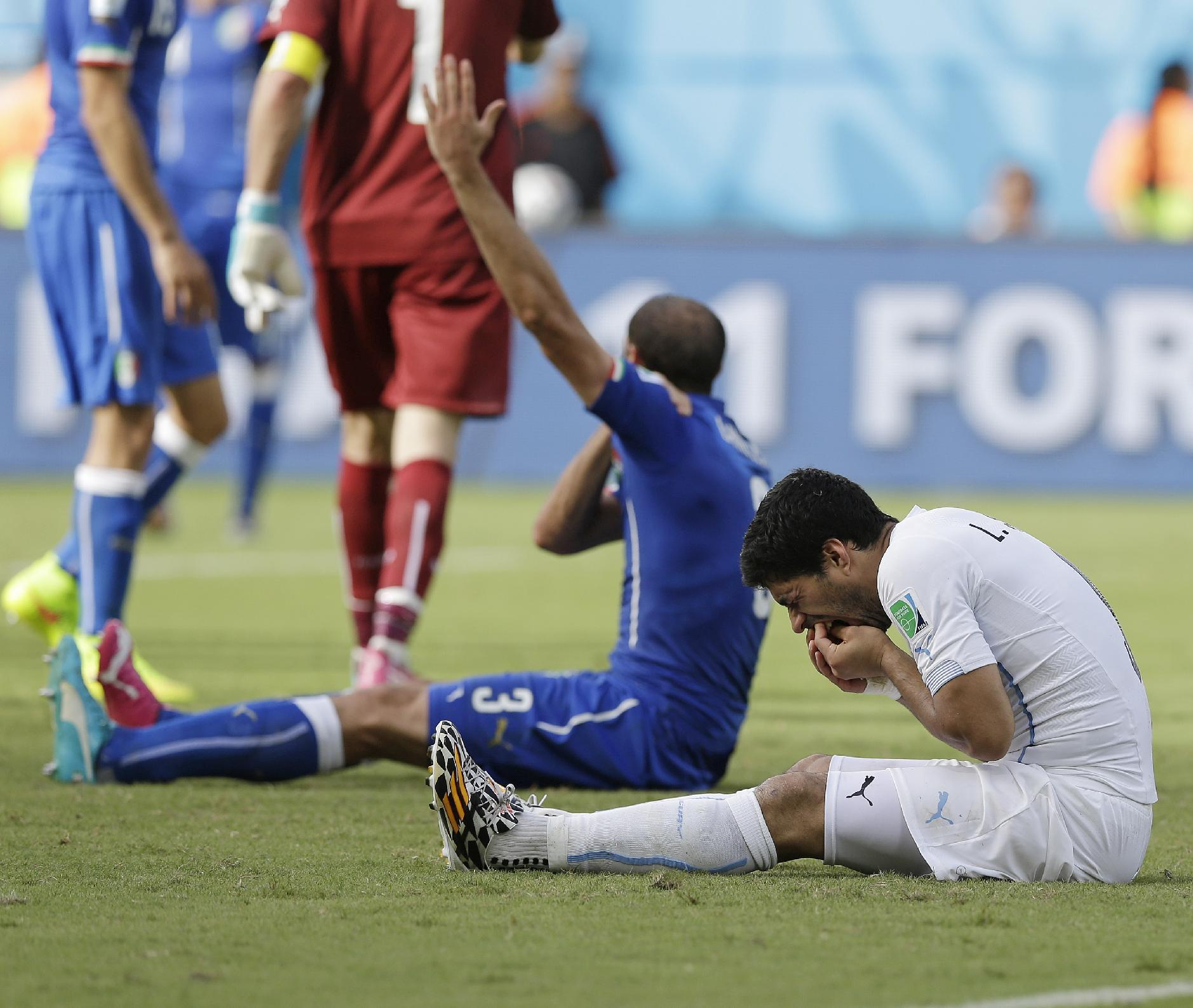FIFA rejects Suarez appeal against ban for biting