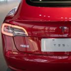 Tesla Bull Cuts Price Target Because of Batteries. Shares Rise Anyway.