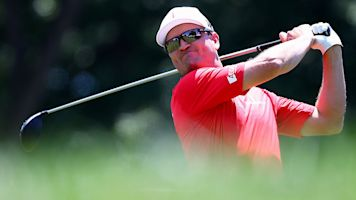 Zach Johnson loses stroke with 10-second rule