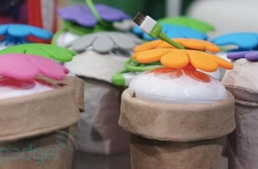 Osungo readies a garden of super-efficient Flower Power USB chargers (hands-on)
