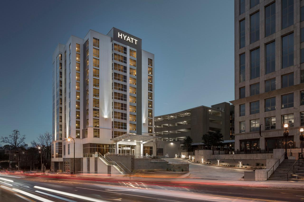 Hyatt Hotels Hacked, Guest Credit Card Info Exposed