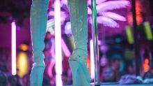 Épico… Mujer sorprende a su esposo bailando con una stripper