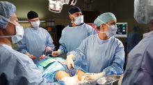 US-Arztserien spenden Masken und Schutzkleidung wegen Corona-Krise