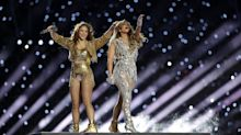 Jennifer Lopez und Shakira begeistern Fans beim Super Bowl