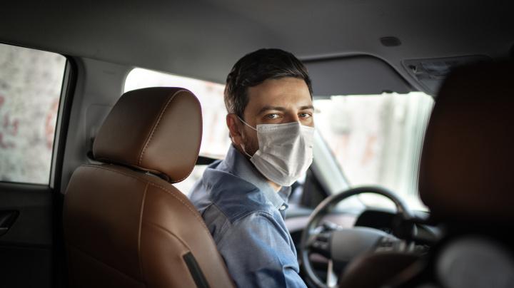 Uber ofrece descuentos a todos aquellos que utilicen sus coches para ir a vacunarse de Covid-19