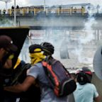 24 dead in anti-government protests in Colombia