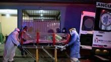 "Presidente de México dice que el país afronta ""momento crítico"" de la pandemia"