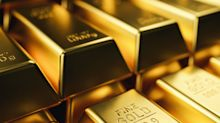 Gold prices surge to record high
