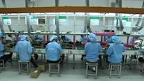 China's services sector faces worry