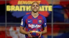 Braithwaite revela desejo de seguir no Barcelona: 'Me vejo aqui por muito tempo'