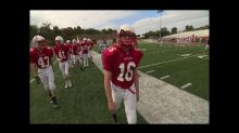 Ohio teen's prosthetic leg doesn't hold him back on football field
