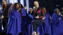 Maroon 5 Headlines Disjointed Halftime Show With Travis Scott, Big Boi