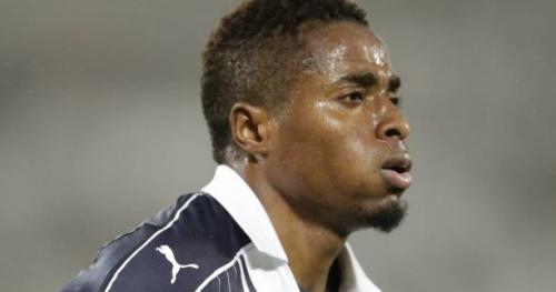Foot - Amical - François Kamano (Bordeaux) offre une victoire de prestige à la Guinée contre le Cameroun