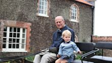 Prince William pens moving tribute as he shares new picture of Prince Philip with Prince George