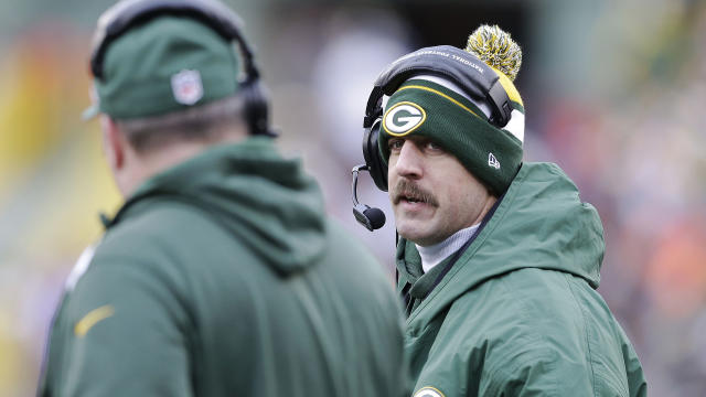 FFL: Wednesday's practice to determine Rodgers' status