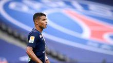 PSG se despede de Thiago Silva, que pode ir para o Chelsea