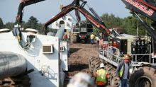 Minnesota regulators near decision on disputed oil pipeline