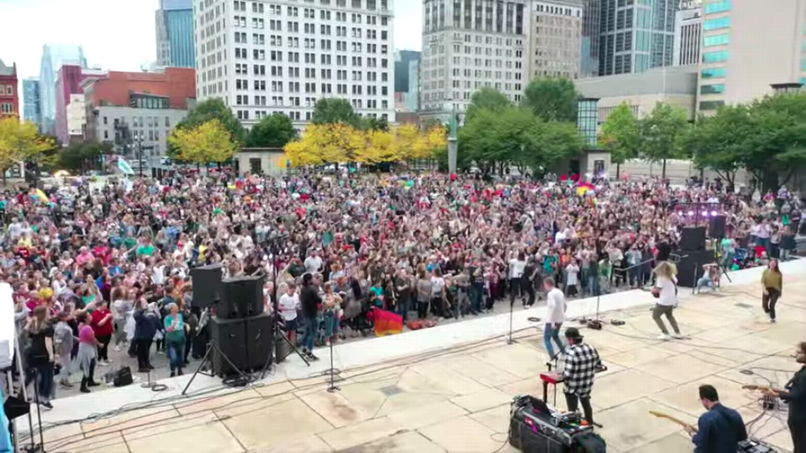 10,000 attend Nashville revival, worship leader says. Now officials are investigating