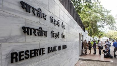 RBI, SEBI step in to assure nervous credit markets