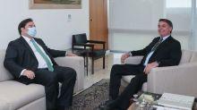Mesmo tido como derrota do governo, Bolsonaro celebra Fundeb
