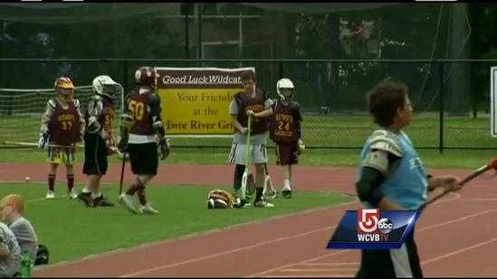 Lacrosse player back on field after losing leg in crash