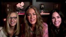 """Les actrices de """"Friends"""" réunies pour les Emmy Awards"""