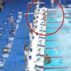 Spanish swimmer honors Barcelona with minute of silence during race