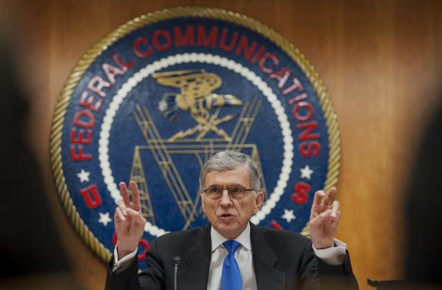 FCC votes to fight cable's reign over set-top boxes