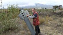 """Violents combats au Karabakh où Macron dénonce l'envoi de """"jihadistes"""""""