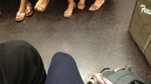 Mulher reclama de homens que sentam de pernas abertas no transporte público e causa controvérsia