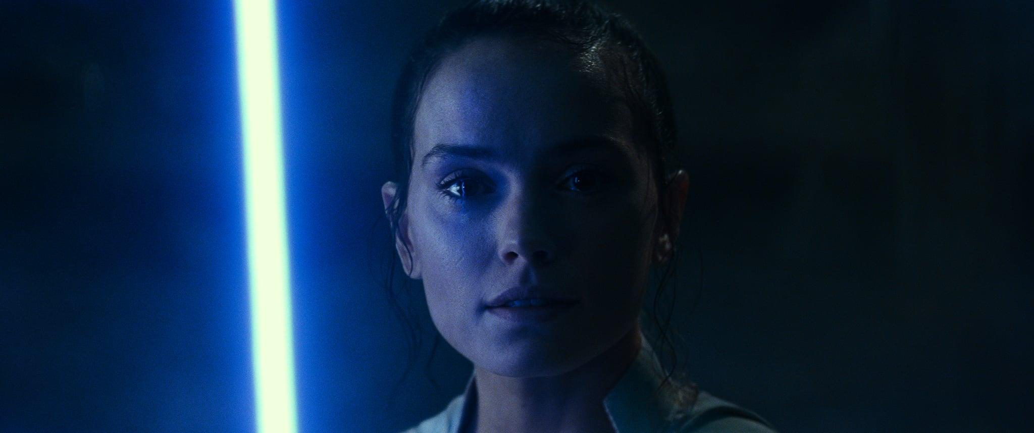 3 Important Questions We Have About Rey S Lightsaber In Star Wars The Rise Of Skywalker
