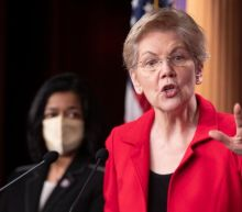 Elizabeth Warren rips into CEO of student debt collecting company to his face: You should be fired