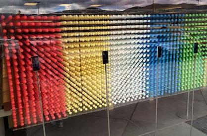Apple Stores create beautiful iPhone 5c-themed window display